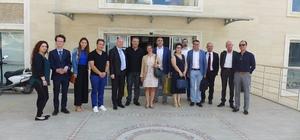 Hollanda konsolosluk temsilcileri Kuşadası Ticaret Odası'nı ziyaret etti
