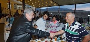 Başkan Polat, Ak Parti ilçe teşkilatı ile meclis üyelerini iftar yemeğinde ağırladı