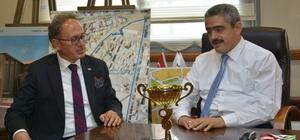 Tavas Belediye Başkanı Akyol, Başkan Alıcık'ı ziyaret etti