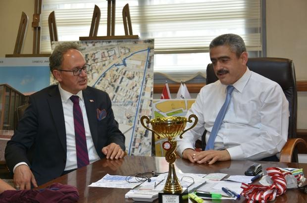 Tavas Belediye Başkanı Akyol Başkan Alıcık'ı ziyaret etti