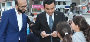 CHP,MHP ve AK Parti Belediye'nin meydan iftarında bir araya geldi