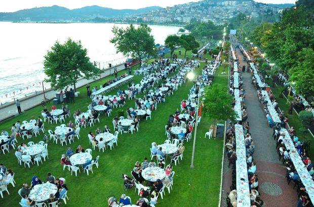 Uysal'dan 3 bin 500 kişiye iftar