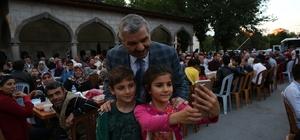 Başkan Çelik iftarını 5 bin kişiyle birlikte açtı