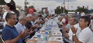 Muratpaşa'dan mevlitli iftar yemeği