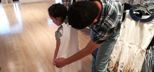 İhtiyaç sahibi 225 çocuk bayramlık elbiselerle sevindirildi
