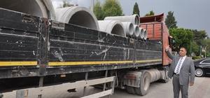 Tarsus'ta kırsal mahallelere 500 bin liralık büz boru dağıtılıyor