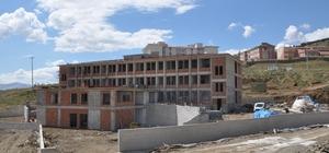 Sincik İmam Hatip Lisesi inşaatı devam ediyor