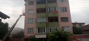 5 katlı binadan çıkan dumanlar paniğe neden oldu