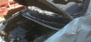 Yoldan çıkan panelvan araç uçuruma yuvarlandı