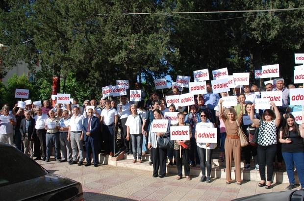 """Besni CHP'den """"Adalet için duralım"""" eylemi"""