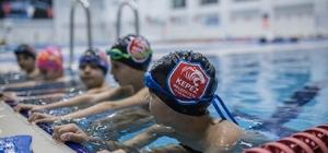 Olimpik Yüzme havuzuna yoğun ilgi