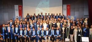 Düzce Üniversitesi Tıp Fakültesi yeni dönem mezunlarını verdi