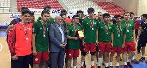 Karşıyakalı hentbolcular Türkiye ikincisi