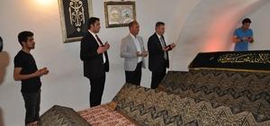 Vali Elban'dan Şeyh Edebali Türbesine ziyaret