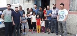 Azerbaycanlılar Derneği üyeleri Türkmen ailelerle hem bayramlaştı hem de yardımlaştı