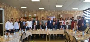 AK Parti Aziziye teşkilatında bayramlaşma töreni