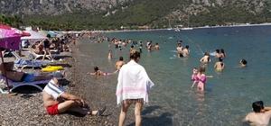 Milas'ta sahiller dolup taştı
