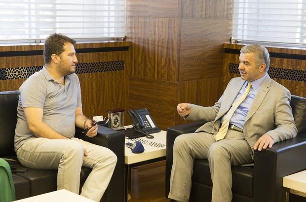 Diriliş Ertuğrul'un Yapımcısı Mehmet Bozdağ, Büyükşehir Belediyesi dergileri için Başkan Çelik'e teşekkür etti