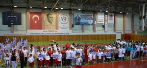 Nevşehir'de yaz spor okulları açıldı