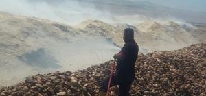 Şambayat'ta  bin 200 dönümlük arazide anız yandı