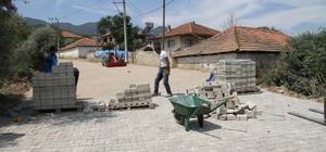 Sarıgöl'ün sokaklarına kilit parke taşı