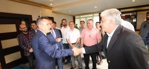 AK Parti Ağrı teşkilatı Vali Elban'ı ziyaret etti