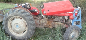 Tokat'ta traktör devrildi: 3 yaralı