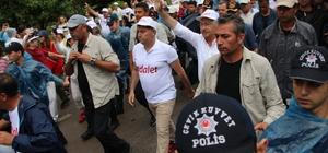 Kocadon, Kılıçdaroğlu ile birlikte 'adalet yürüyüşü'ne katıldı