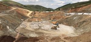 Bayburt Demirözü Petekli Barajı'nda çalışmalar bütün hızıyla sürüyor