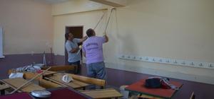 Belediye ekipleri okulları güzelleştirmeye başladı