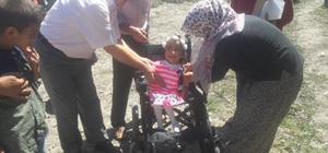 Minik Zeynep'e sevindiren hediye