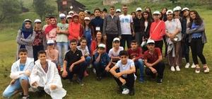Kozluk'ta başarılı 40 öğrenci Karadeniz gezisiyle ödüllendirildi