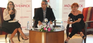 İzmir Söyleşi Günleri'nde yazarlar ilk kitaplarını anlattı