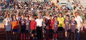 Büyükçekmece Yaz Spor Okulları'na görkemli açılış