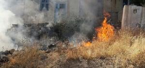 Anız yangını evlere sıçramadan söndürüldü