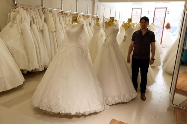 Düğün sezonu açıldı Yozgat'ta gelinlik satışları arttı