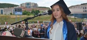 Akyazılı genç kız Düzce Üniversitesi birincisi oldu