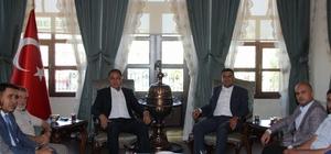 AK Partililerden Vali Tekinarslan'a hoş geldin ziyareti