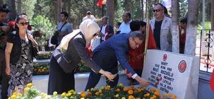 15 Temmuz Şehitlerini Anma Programı Mersin Şehitliği'nde başladı