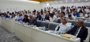 """İzmir Büyükşehir Meclisinde """"çürük bina"""" tartışması"""