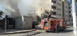 Siirt'te sıcaklardan dolayı trafo yandı