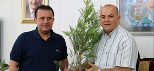 Menderes'te onlarca hektar yanmıştı, taksicilerden destek geldi