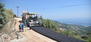 Alanya Elikesik Mahallesi'ne sıcak asfalt