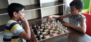 Ceylanpınarlılardan Satranç Turnuvasına yoğun ilgi