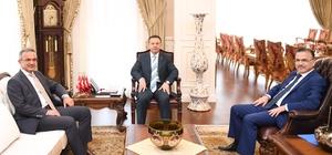 Başkan Köşker Vali Aksoy'u ziyaret etti