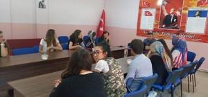 Aslanapa'da Türk halk oyunları yöre oyunları öğreticisi kursu