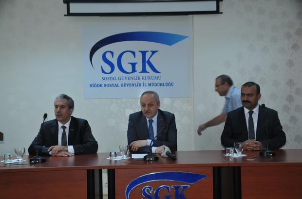 Çalışma ve Sosyal Güvenlik Bakanlığı Müsteşarı Ahmet Erdem:   'Türkiye'de son 14 yıllık dönemde 100 binde ölümlü iş kazası oranında yüzde 40,7 oranında azalma meydana geldi'