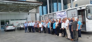 Hastane çalışanları 15 Temmuz şehitleri için kan verdi