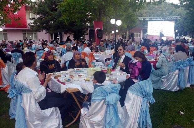 Tokat Valiliği tarafından şehit aileleri ve gaziler onuruna yemek verildi