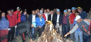 Süphan Dağı'nda demokrasi ateşi yakıldı